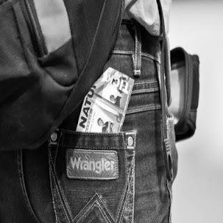 Wrangler-jeans-Brand- For-Men-And-Women