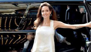Angelie Jolie Kecewa Ditanyain Soal Perceraian dengan Brad Pitt