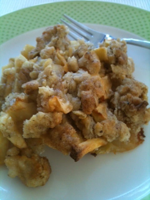 Mein Kind backt: Apple-Crumble