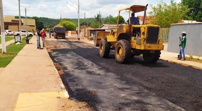 Após indicações e cobranças do vereador Zé Cabeludo, prefeitura inicia recuperação das ruas no Bairro Nossa Senhora Aparecida