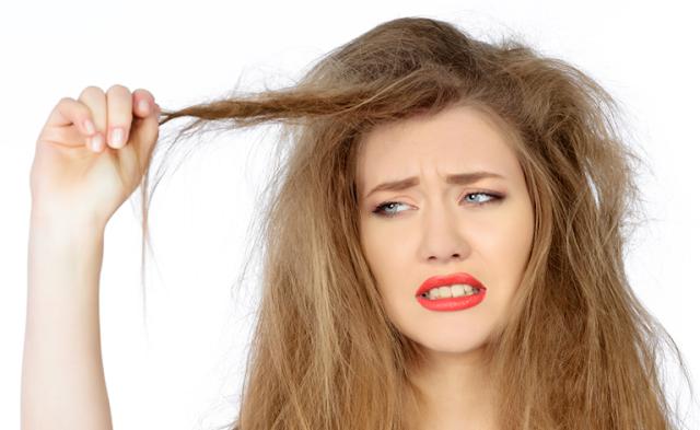Tips Mudah Mengatasi Rambut Kering dan Kusut   Roliyan.com