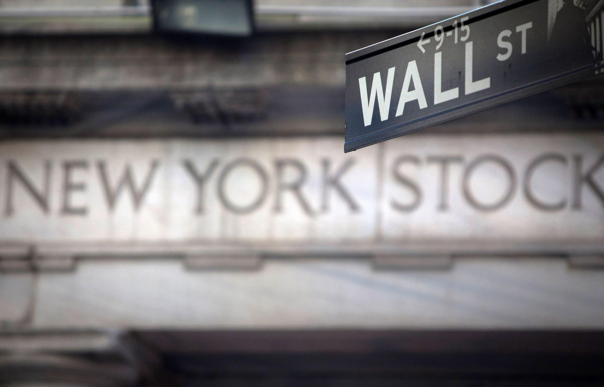 Fuerte caída de las acciones de empresas argentinas en Wall Street tras la recalificación de MSCI