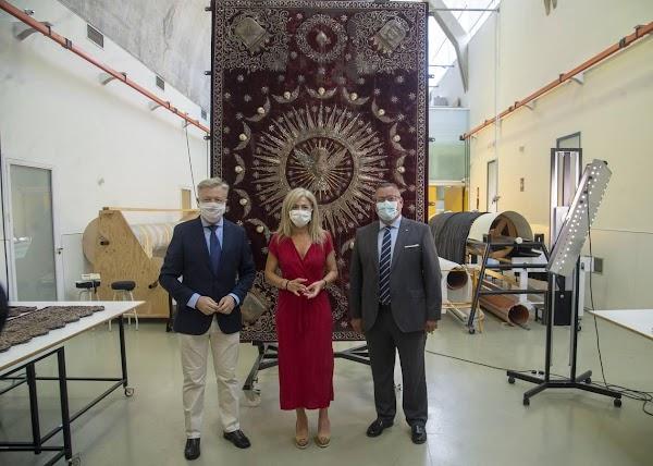 El palio más antiguo de la Semana Santa de Sevilla ya está en el IAPH
