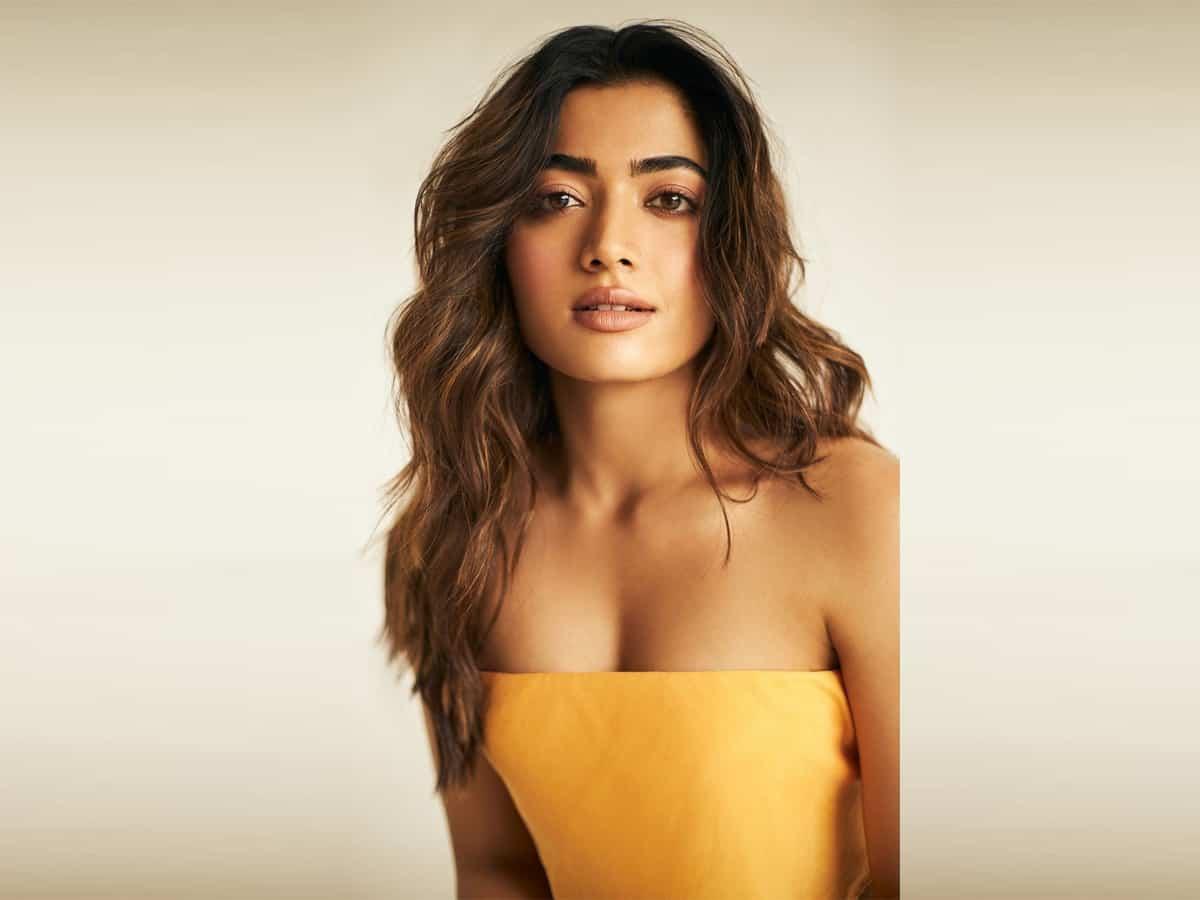 Gossips: Rashmika Beats Pooja Hegde, Rakul Preet Singh, And Kiara Advani