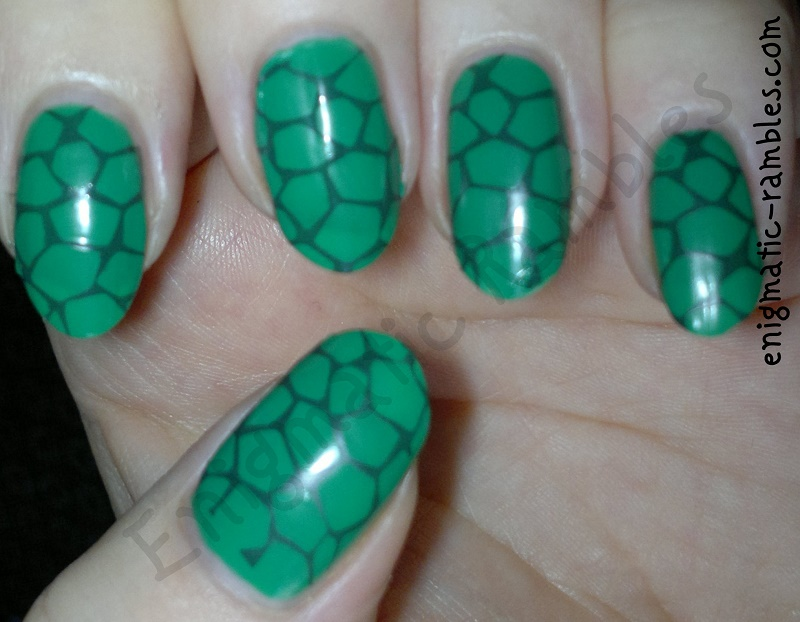 Camouflage-Stamped-stamping-Turtle-Nails-nail-art-bundle-monster-313-bm313-elf-green-machine-yes-love-k036