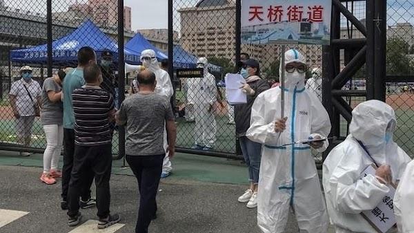 Escapa bacteria de laboratorio en China e infecta a más de 3 mil personas; se teme lo peor