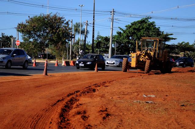 Ibaneis anuncia construção de novo viaduto e duplicação da DF-001