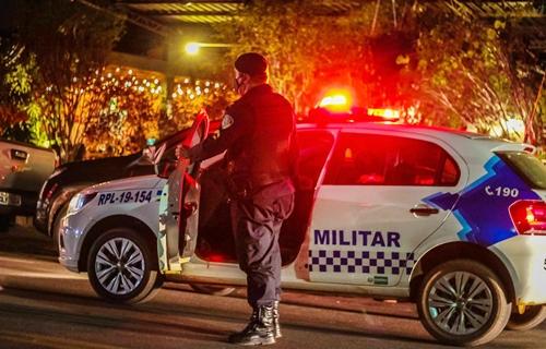 URGENTE: Comerciante e assaltante são baleados após tiroteio na zona Leste