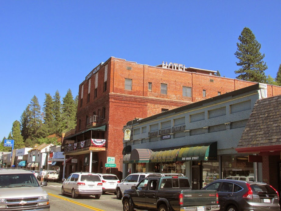 historic placerville hotel