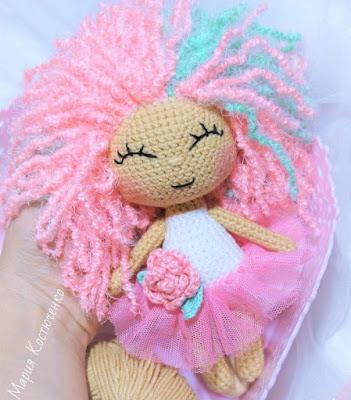 Вязаная кукла Розочка крючком