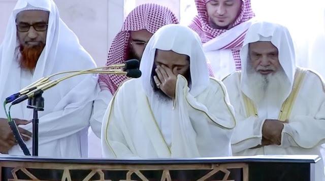 Imam Masjid Nabawi Menangis Sesenggukan Saat Pimpin Shalat Jumat di Tengah Wabah Corona