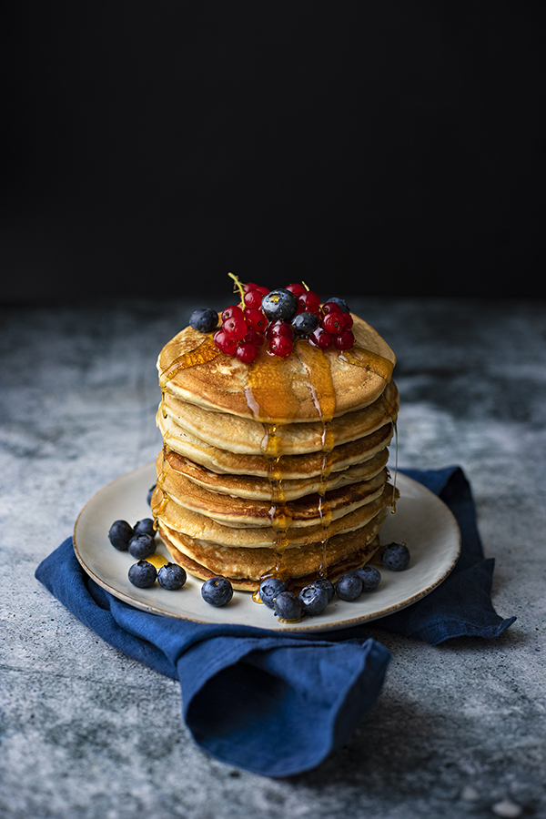 Pancakes au lait de coco et son sirop