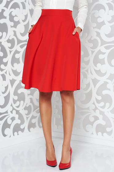 Fusta rosie eleganta in clos cu talie inalta din stofa usor elastica