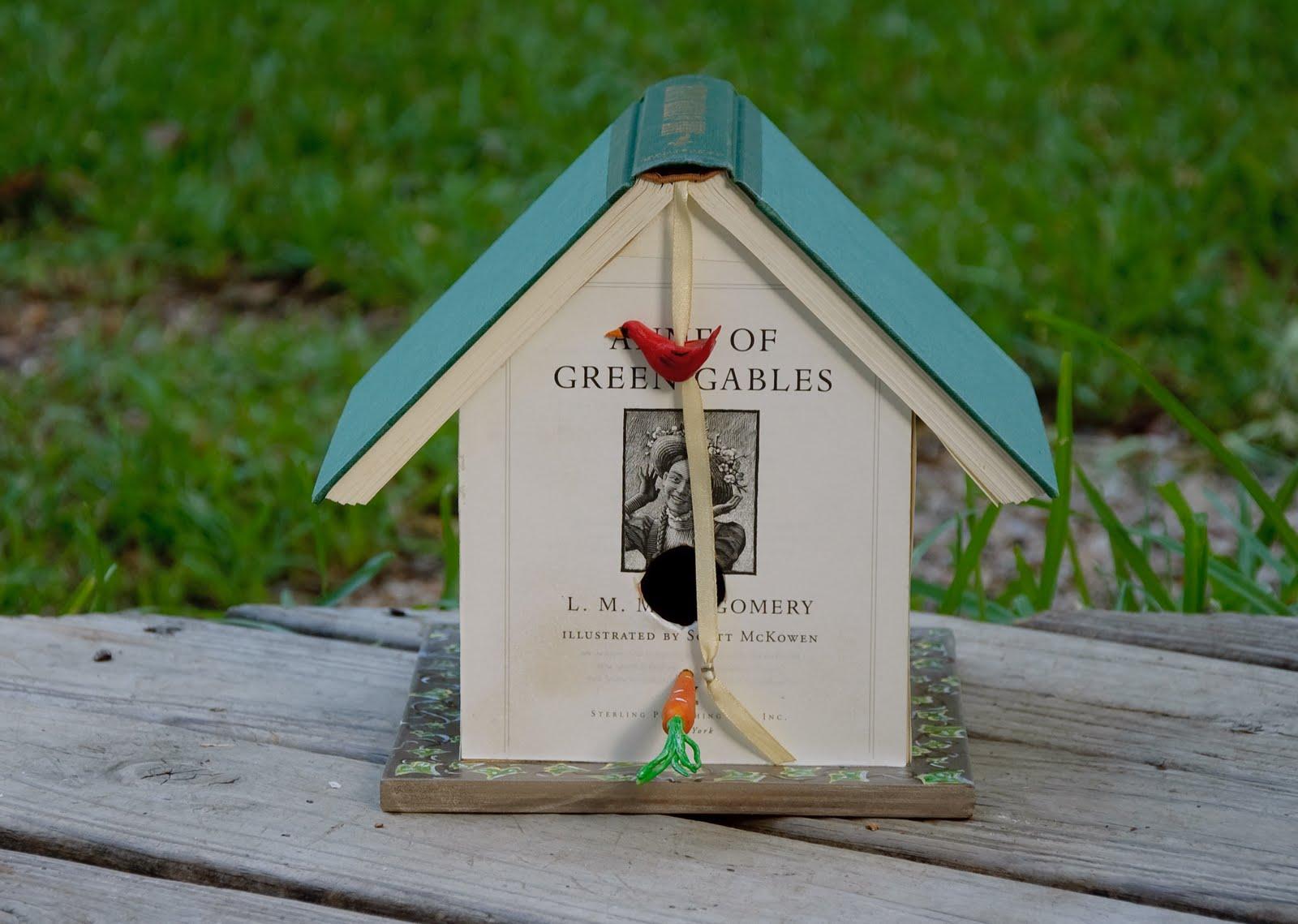 Lilybug Designs Book  Birdhouse