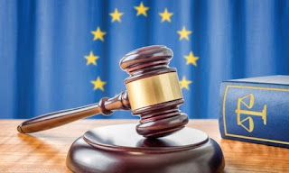 Δικαστική απόφαση-σταθμός: Οι πολίτες δικαιούνται αποζημίωσης για τα μέτρα λιτότητας