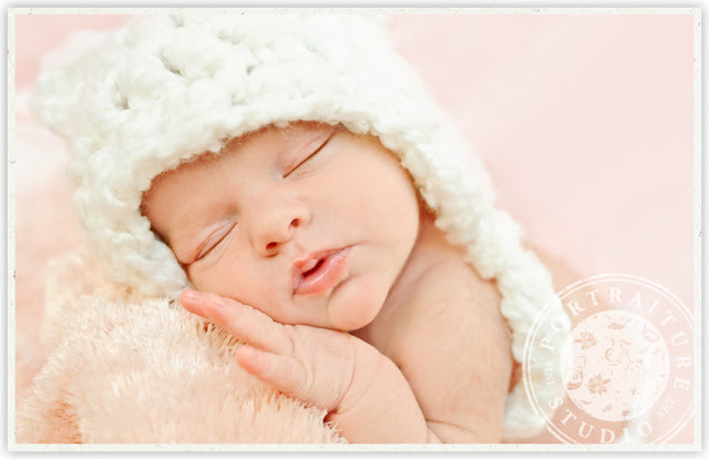 Newborn Sleeping Baby Pictures Baby Photos Free Download