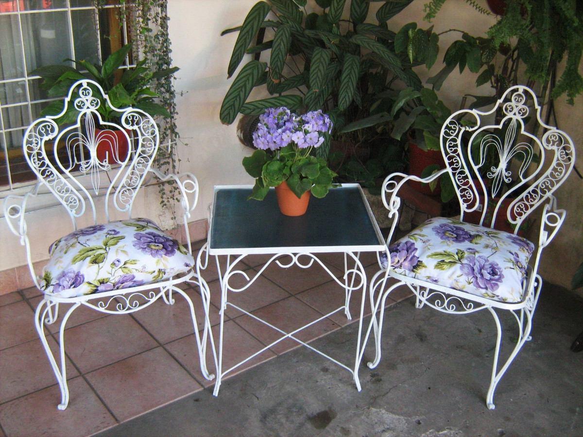 So glittering la silla de hierro forjado for Sillones para terrazas y jardines