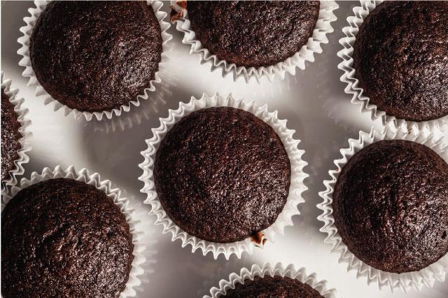 Receta de CUPCAKES DE CHOCOLATE esponjosos