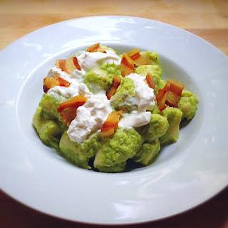 gnocchi pesto asparagi burrata pancetta croccante