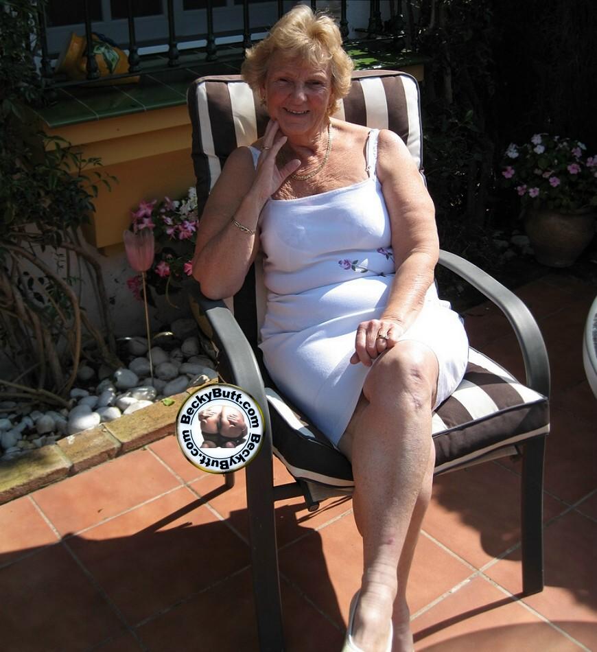 Granny Tease 76