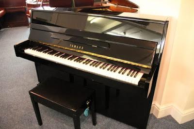 Đàn piano Yamaha brandnew U3S