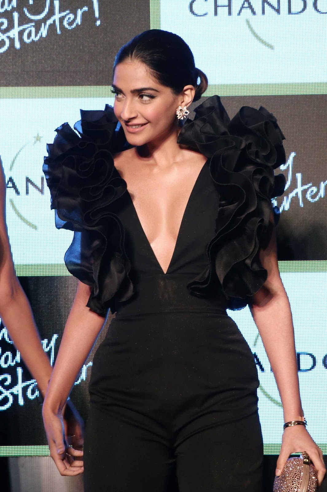 Sonam Kapoor Sexiest Boobs Show At Chandons The Party -7745