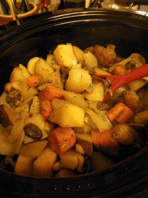 Country French Vegetables, easy and delicious vegetables from your slow cooker.