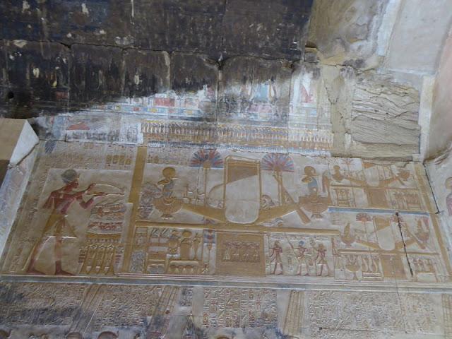 la barca solare nel tempio di abydos