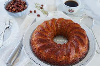 Κέικ Γιαουρτιού με Αλεύρι Φουντουκιού