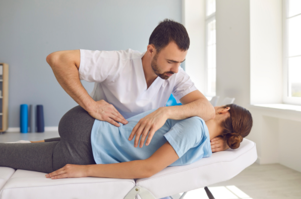 4 Effective Ways to Reduce Back Pain