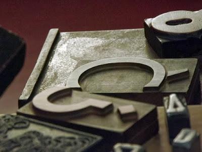 Letras de tipografia no museu nacional da imprensa