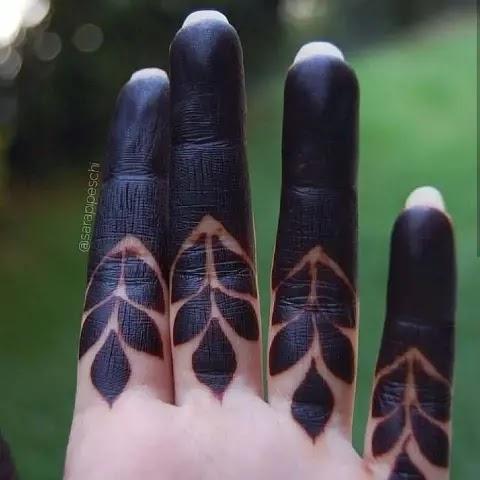 dark-mehndi-finger-henna-designs