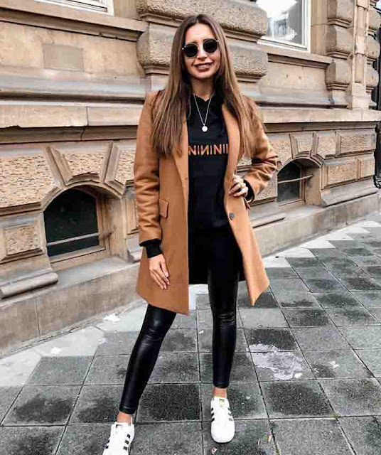 Legging e trench coat