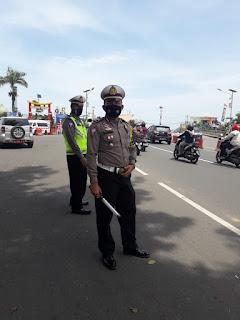 Kasat Lantas Polres Pangkep Pimpin langsung pengamanan penjemputan Bupati terpilih