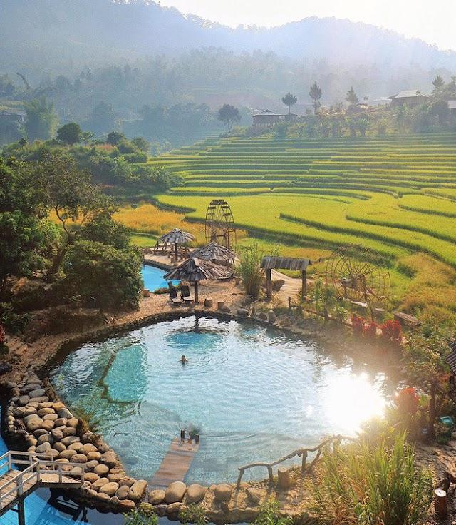 Come to Yen Bai to experience Tram Tau hot spring