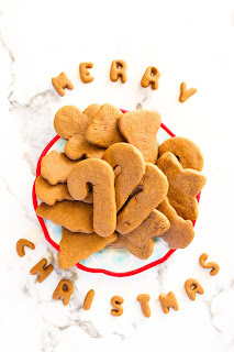 Super Easy Gingerbread Cookies