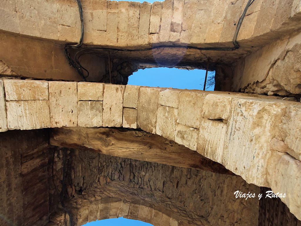 Puerta de la Villa de Maderuelo
