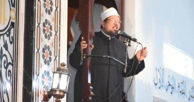 بصلاة الجمعة ضوابط واحتياطات مشددة بالمساجد لمواجهة كورونا
