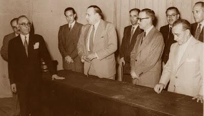 Parlamentos finales en el Orfeó Reusenc, en 1952