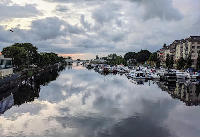 Things to do in Athlone: Watch the sunset from Custume Bridge