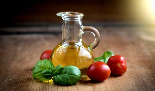 Tomat Minyak Zaitun