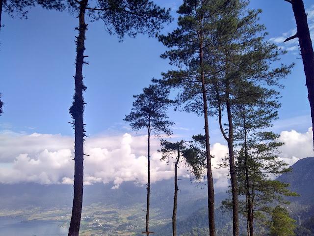 Puncak Lawang Kabupaten Agam