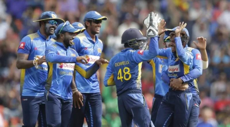 இங்கிலாந்து அணிக்கு எதிராக 366 ஓட்டங்களை பெற்றது இலங்கை அணி!