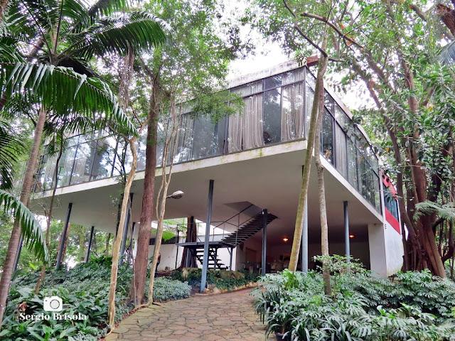 Vista ampla da Casa de Vidro de Lina Bo Bardi - Morumbi - São Paulo