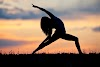 8 Reasons How Yoga is Better than Gym - Yoga vs Gym