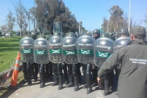 Gendarmería argentina espía a familiares de Maldonado