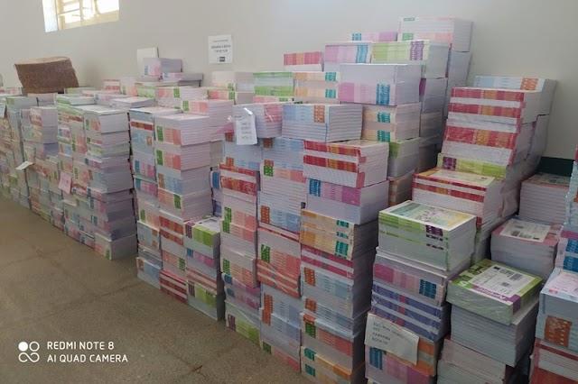 Prefeitura de Parnaíba recebe livros didáticos para o ano letivo de 2021