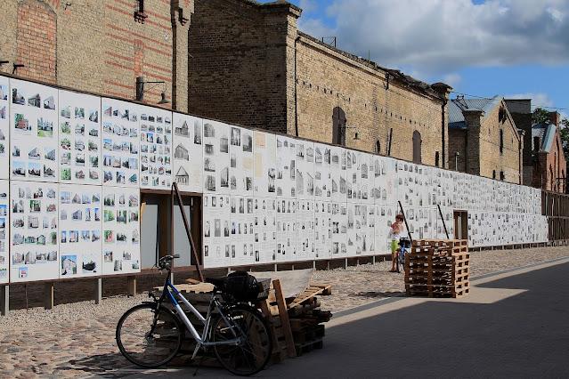 Информационные стенды в музее Рижском гетто