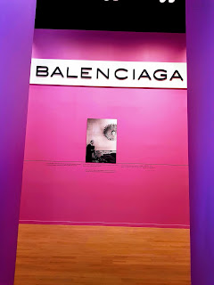 Balenciaga Museum tour start