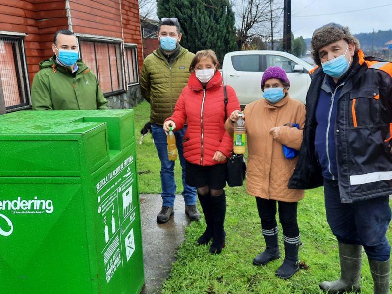 Puyehue: inauguran tercer punto de reciclaje de aceite